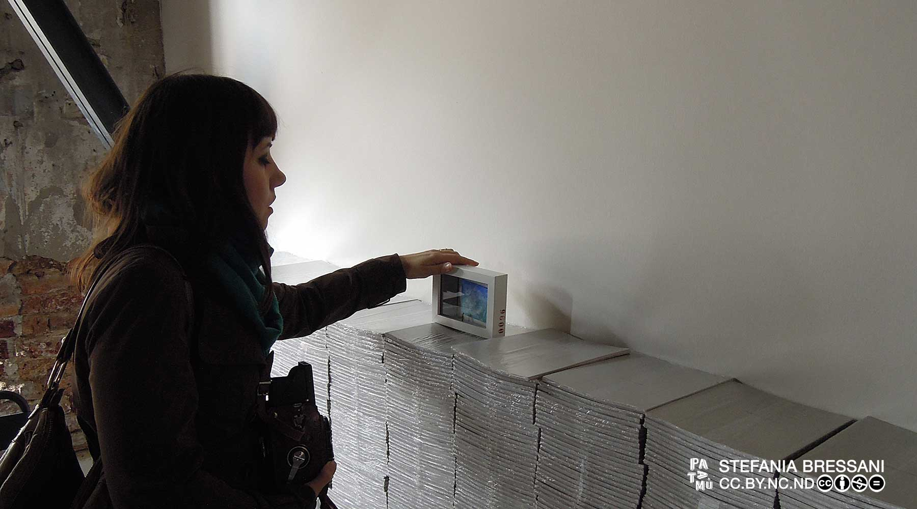 L'artista abbandona un dono d'arte alla Biennale di Venezia